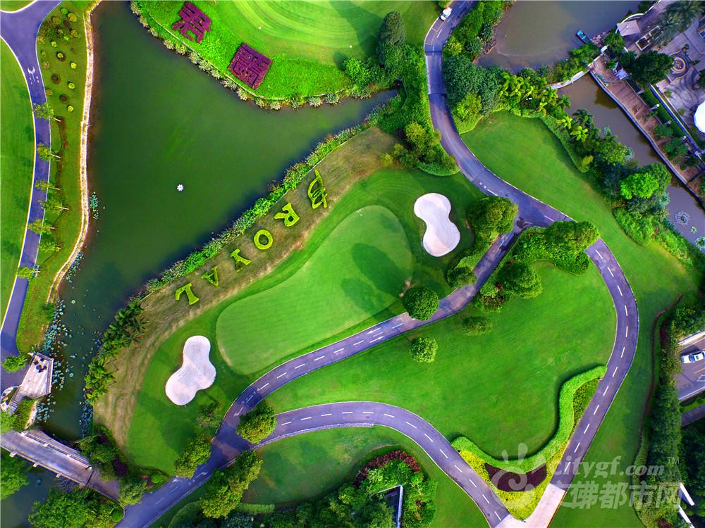 北滘君兰河畔高尔夫球场美景 作者:冷雨飘扬