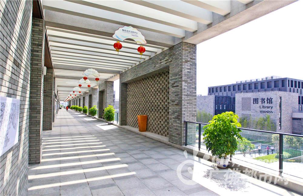 2012年7月18日, 顺德北滘文化中心  作者:周春